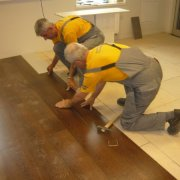Укладка ламината на деревянный пол: подготовка основания и проведение работ