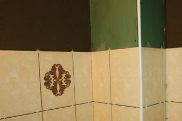 How to Recover Dry Walls Before Tiling