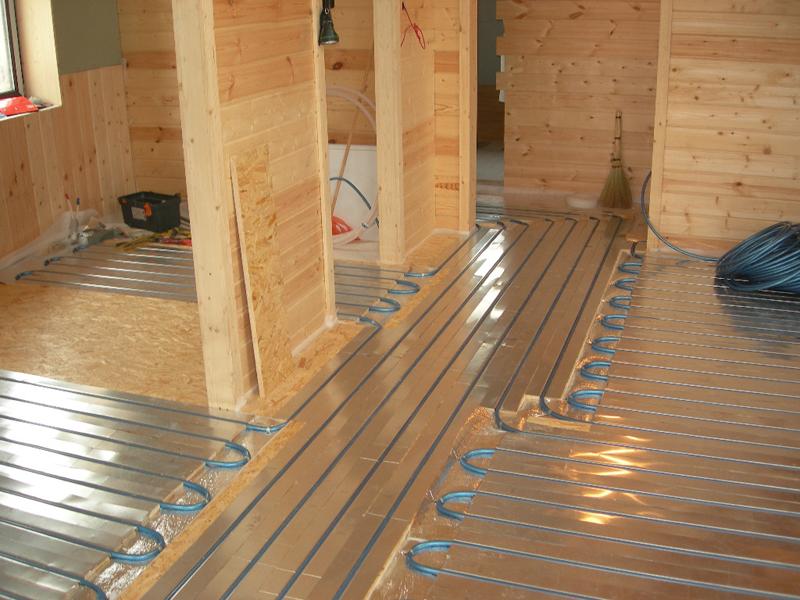 Теплый пол на деревянный пол: пример устройства водяной системы на лагах