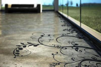 Наливной цементный пол с трафаретным орнаментом