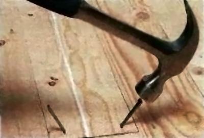 Устранение скрипа половиц