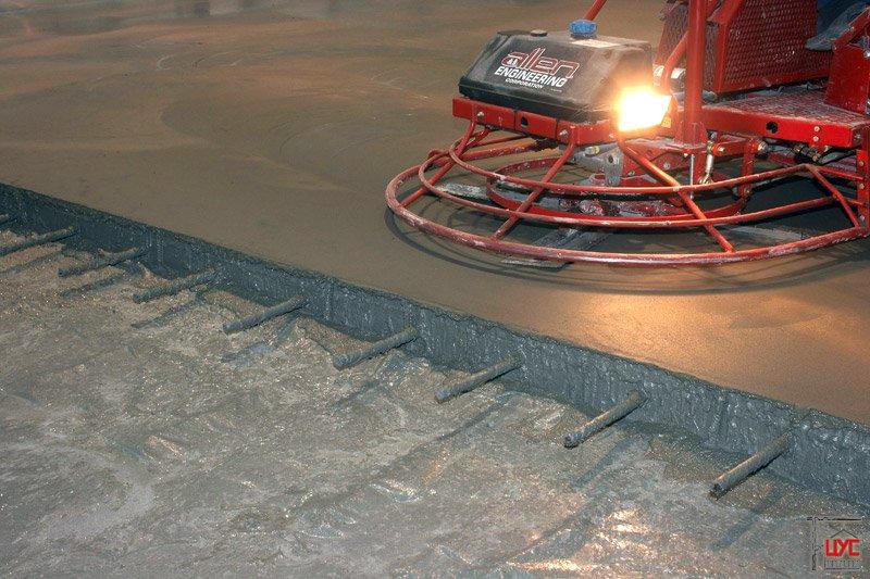 Промышленные полы: технология устройства бетонного и наливного пола на предприятиях