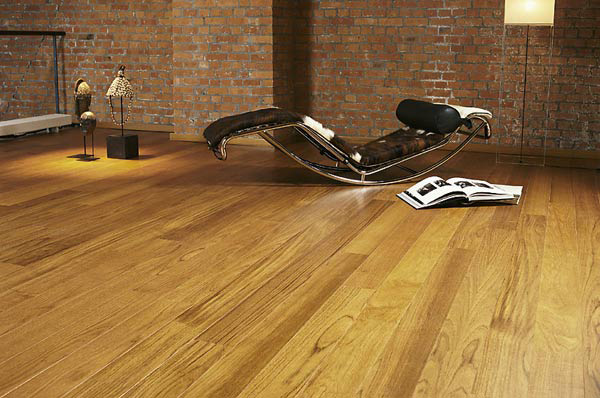 Деревянные полы в квартире: делать или не делать + выбираем лучший вариант