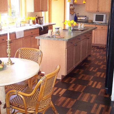пробковый пол на кухне - практично и экологично