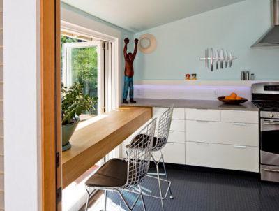 Резиновая плитка - удобный, влагостойкий и нескользкий материал, прекрасно подходящий для кухни