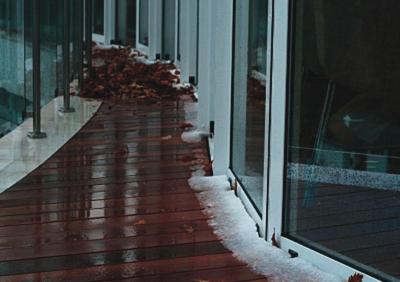 Атмосферные осадки и низкие температуры не влияют на качество декинга