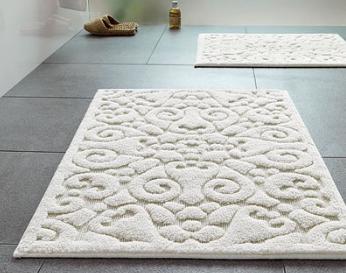 На полипропиленовых ковриках легко выполняется объемный рисунок любой сложности