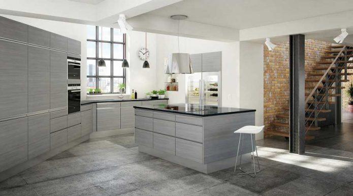 Кухня в сером цвете с контрастными деталями