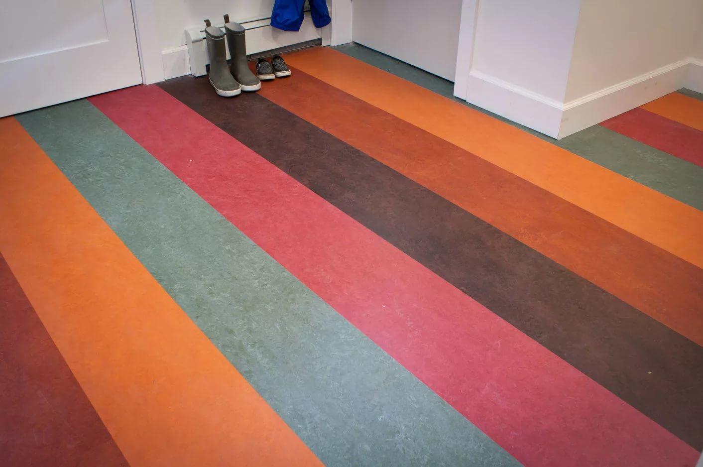 Как и чем покрасить линолеум в домашних условиях
