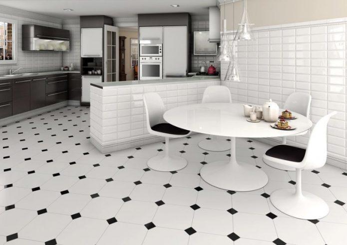 Белая плитка с чёрными уголками