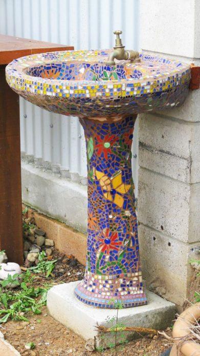 Отделка раковины мозаикой