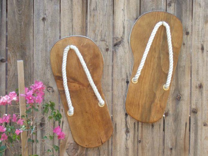 Обувь из остатков ламината