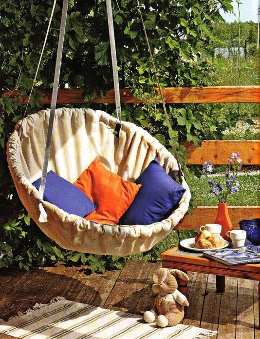 Кресло-гамак из старого обруча