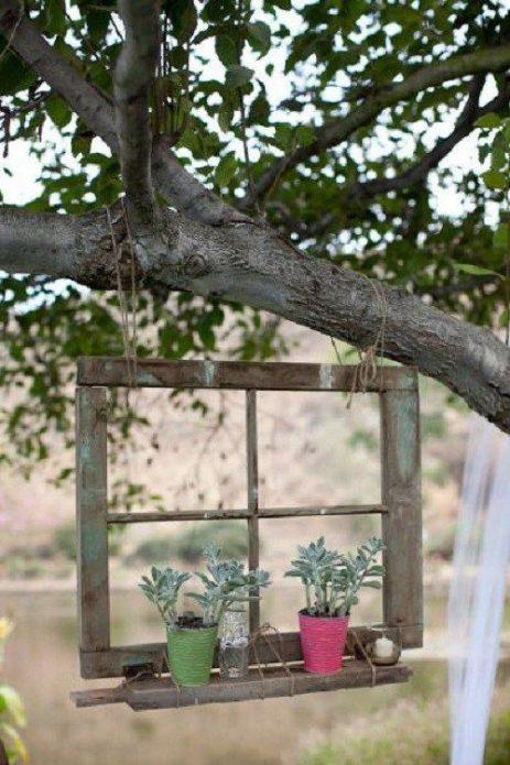 Полка для цветов из старой рамы
