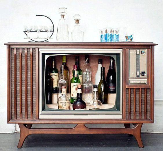 Мини-бар из старого телевизора