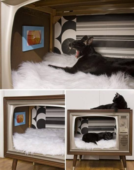 Домик для кошки из старого телевизора
