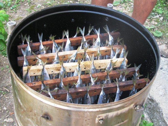 Коптильня из барабана стиральной машины