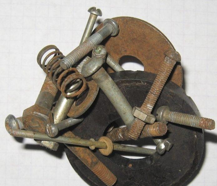 Хранение саморезов, гвоздей и шурупов