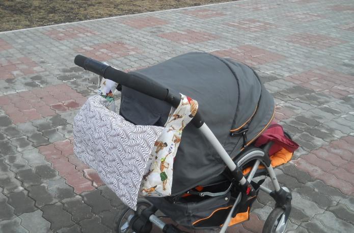 Сумка на детскую коляску