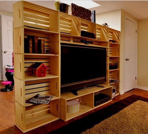 Стеллаж-перегородка для зонирования небольшой квартиры