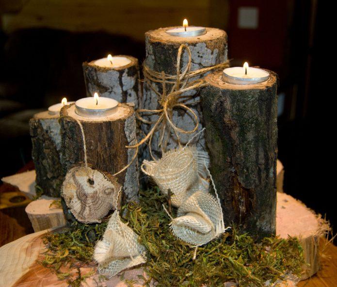 Эффектные деревянные подсвечники
