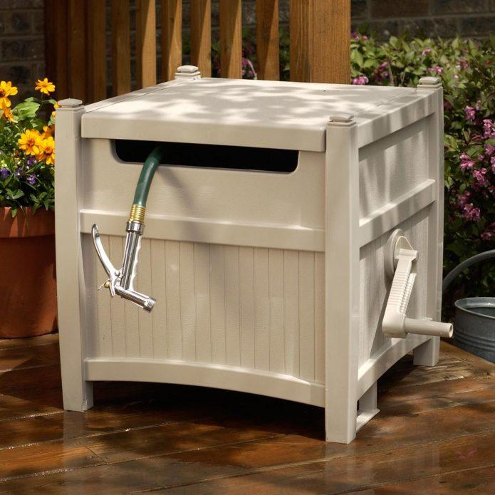 Контейнер для хранения садового шланга