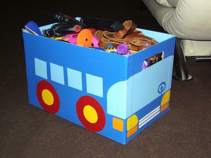 Ящик из коробки для детских игрушек