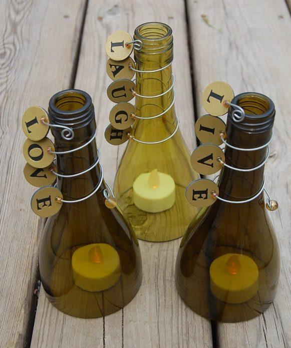Эффектные подсвечники из бутылок