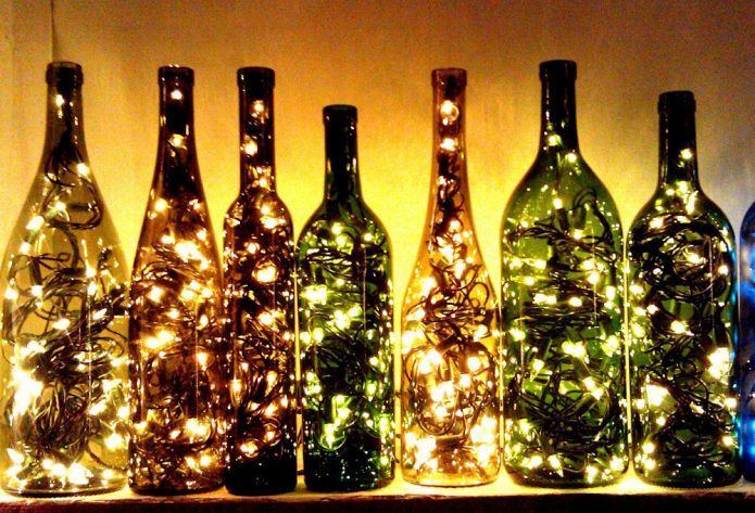Новогодний декор из бутылок