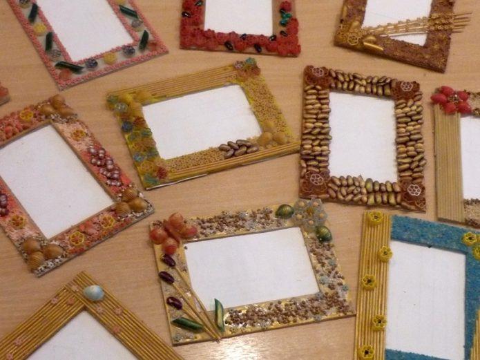 Варианты декорирования картонных фоторамок