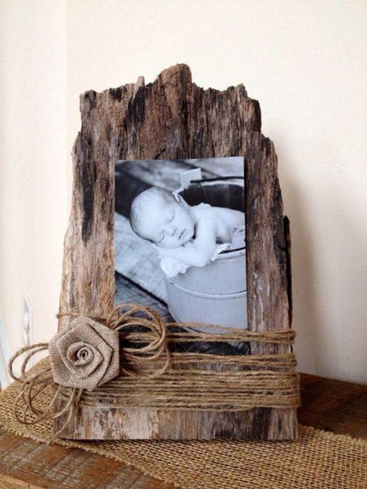 Фоторамка из древесной коры