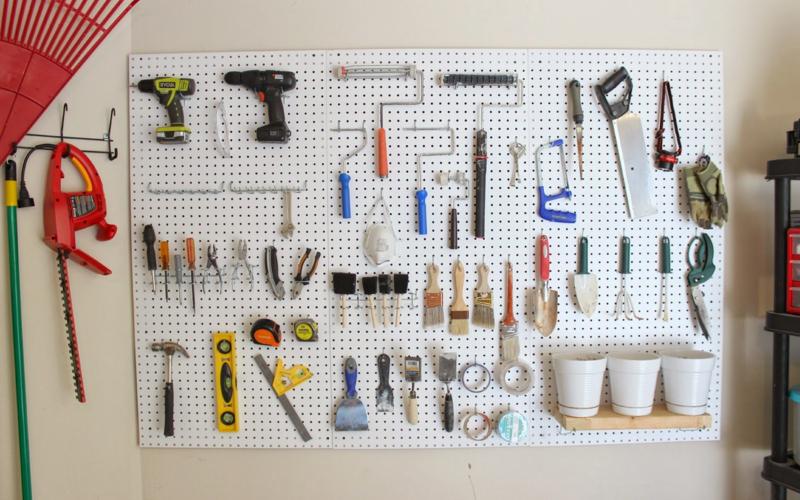 Органайзер для инструментов в мастерскую и на дачу своими руками: несколько советов с фото