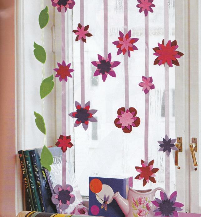 Шторы из бумажных цветов для детской комнаты