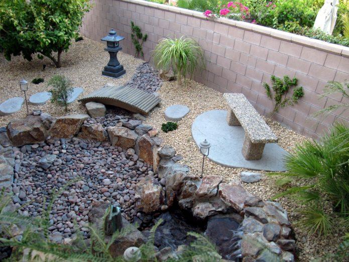 Сад из камней, сделанный своими руками