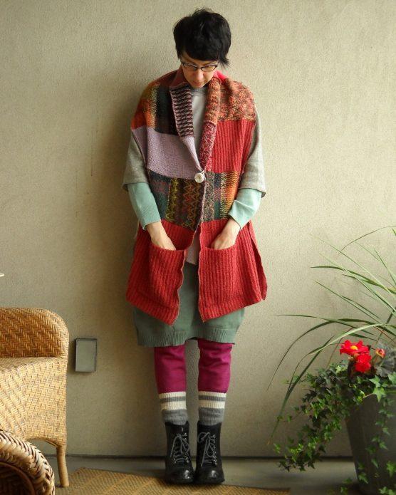 Одежда в стиле бохо из старых свитеров