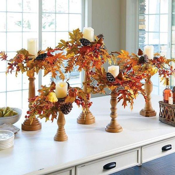 Оригинальные подсвечники, декорированные листьями