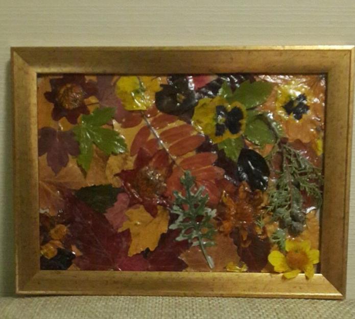 Панно из сухих листьев