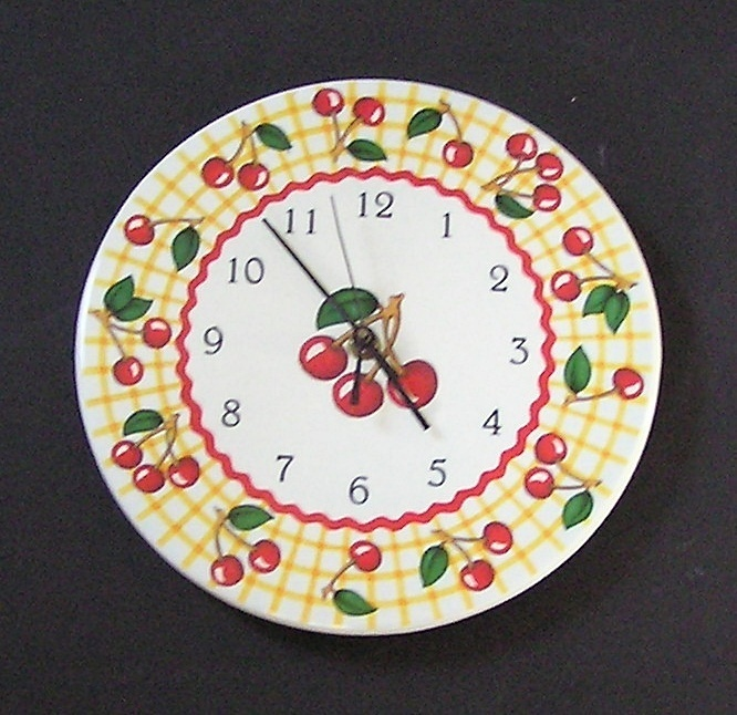 Часы из бумажной тарелки