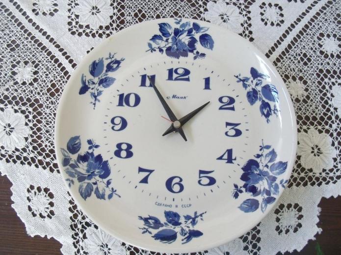 Часы из старой тарелки