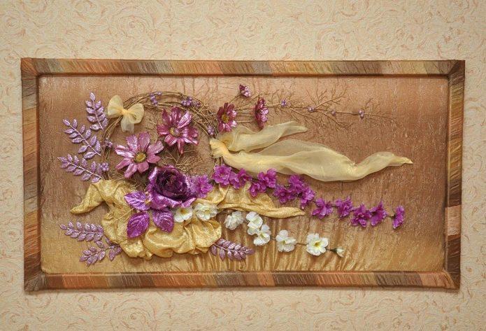 Флористическая композиция из сухих цветов