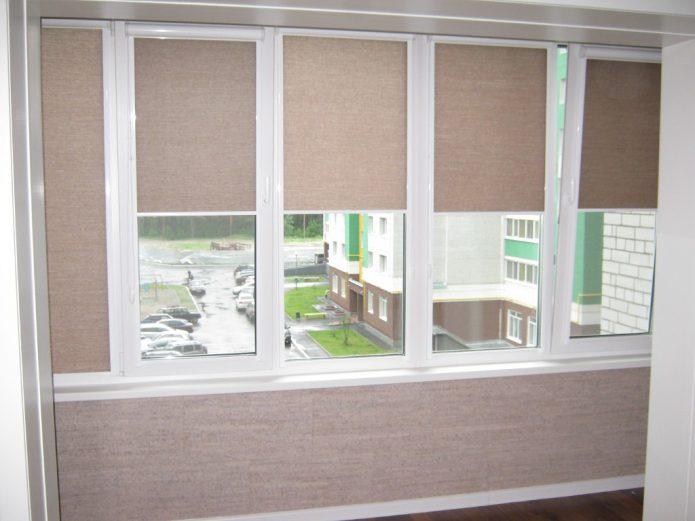 Рулонные шторы из остатков обоев