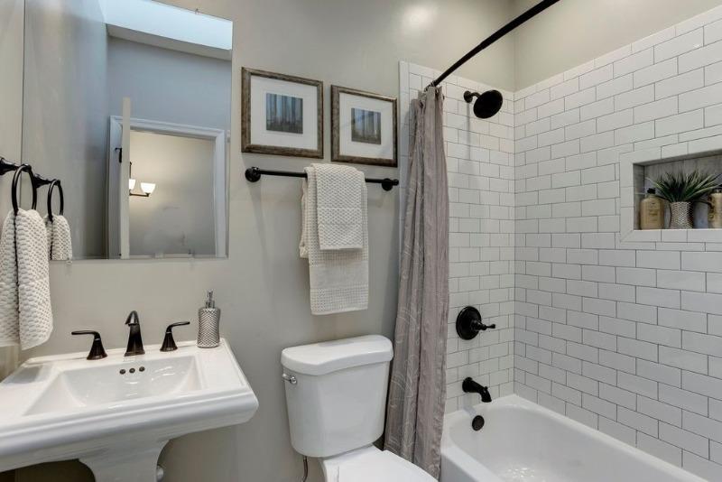 6 вещей, на которых можно сэкономить при ремонте ванной