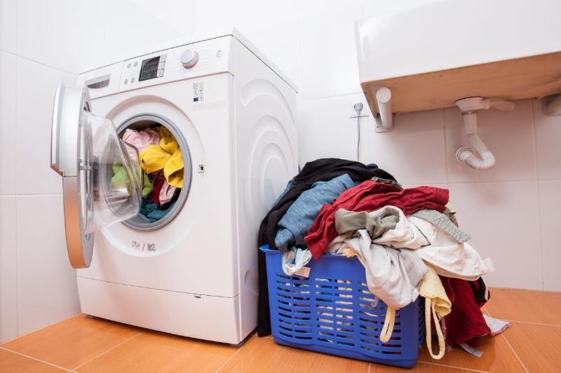 6 очевидных ошибок, которые портят ваши вещи во время стирки