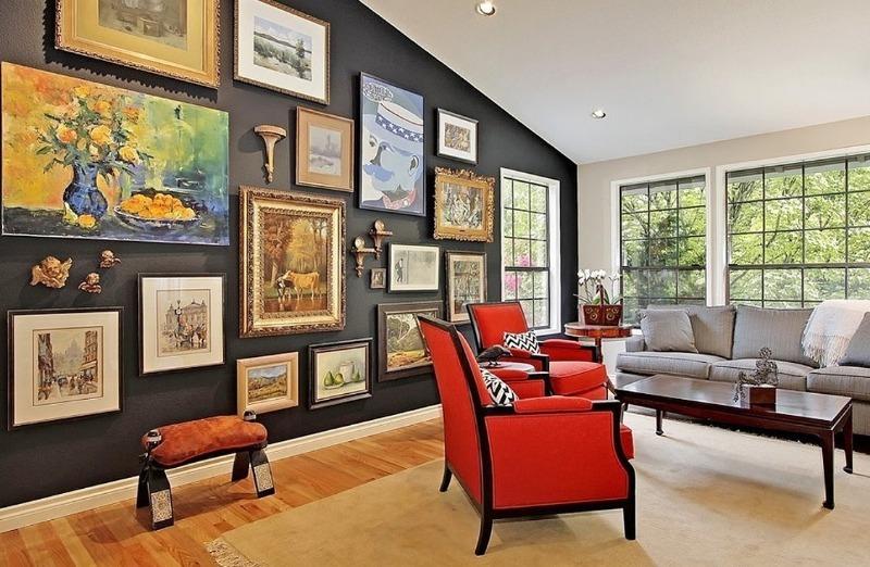 5 надежных способов повесить картину на стену без дыр и гвоздей